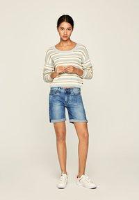 Pepe Jeans - Szorty jeansowe - blue denim - 1
