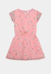 Abercrombie & Fitch - TULIP SLEEVE DRESS - Denní šaty - pink floral - 0