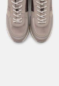 PARFOIS - Zapatillas - grey/silver - 5