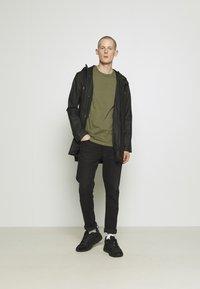 Burton Menswear London - 3 PACK - Basic T-shirt - grey - 1