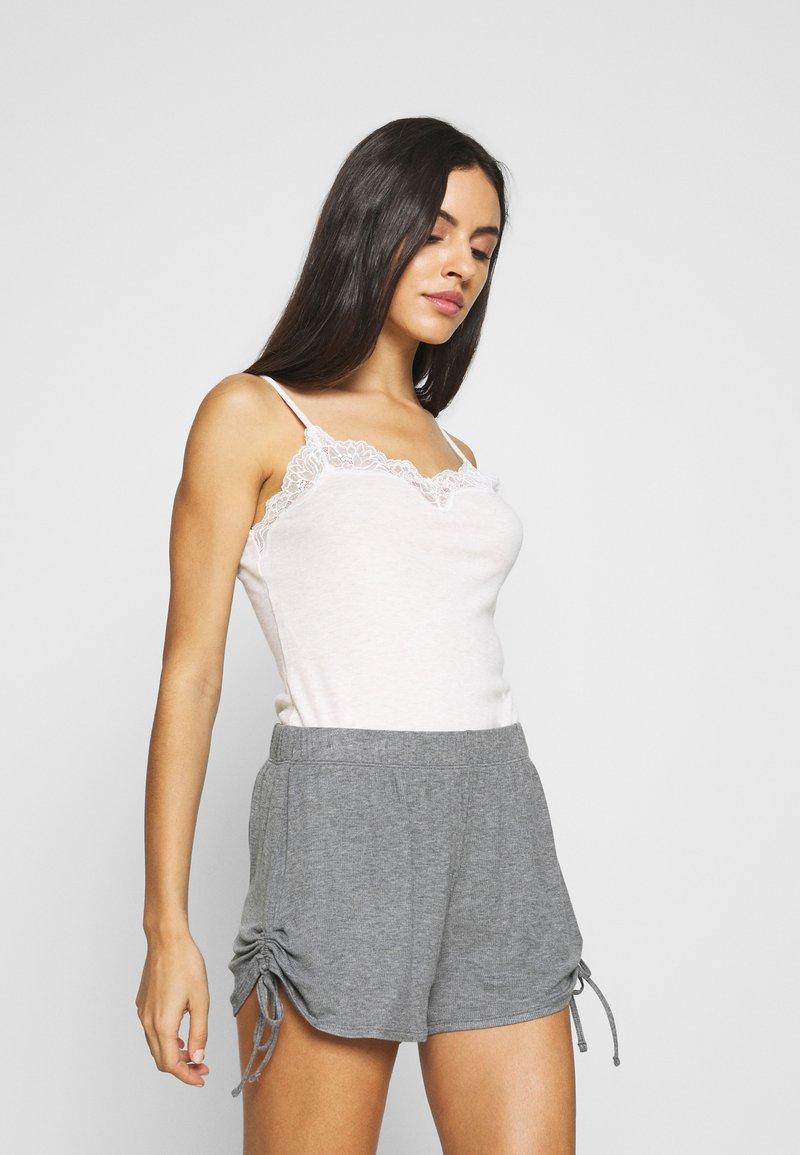 Triumph - THERMAL - Pyjama top - skin/light combination
