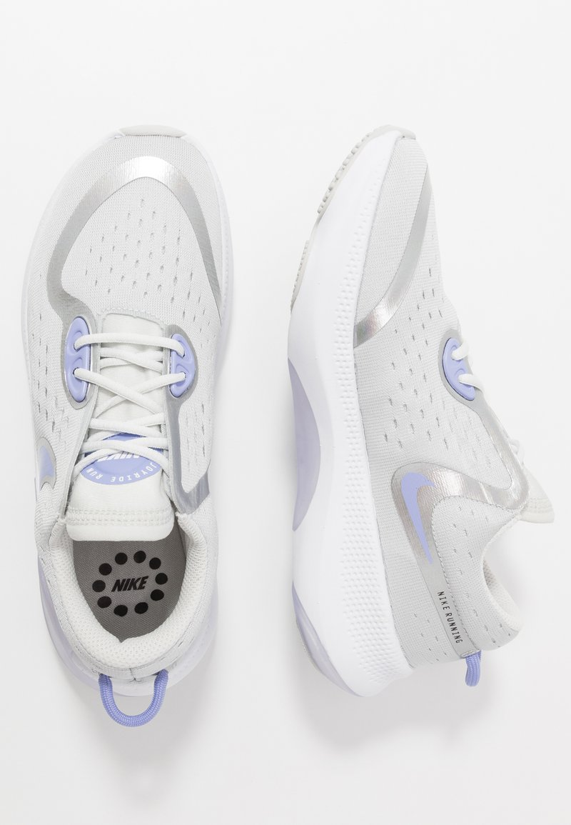 Nike Performance - JOYRIDE DUAL RUN - Neutral running shoes - photon dust/white/light thistle