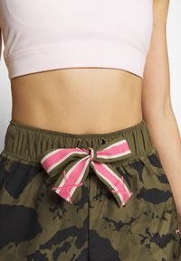Puma - THE FIRST MILE SHORT - Sports shorts - burnt olive - 3