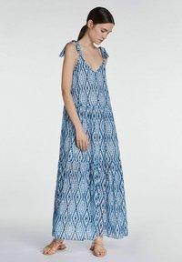 SET - MIT TIE-DYE PRINT - Maxi dress - white blue - 1