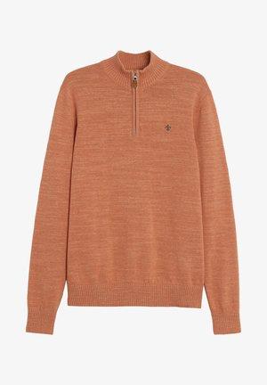 Stickad tröja - orange