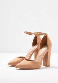 ALDO Wide Fit - NICHOLES WIDE FIT - High heels - camel - 4