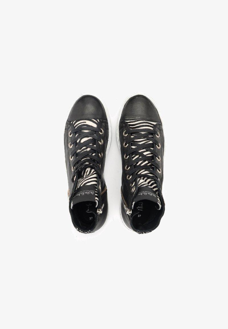 Nira Rubens - Sneakers alte - nero
