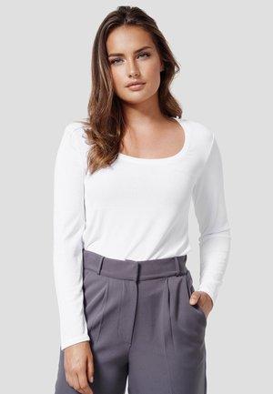 WINONA - Long sleeved top - white