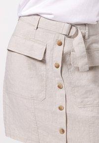 zero - MIT GÜRTEL - A-line skirt - beige - 3