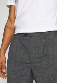 AllSaints - BATALHA TROUSER - Trousers - charcoal - 5