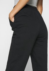 Even&Odd - Regular Fit Jogger - Pantalon de survêtement - black - 3