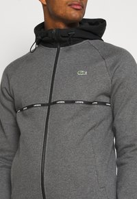 Lacoste Sport - veste en sweat zippée - pitch chine/black/white - 5