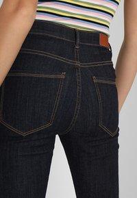 Vero Moda - VMSOPHIA - Jeansy Skinny Fit - dark blue denim/rinse - 6