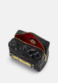 Love Moschino - NEW SHINY QUILTED - Wash bag - black - 2