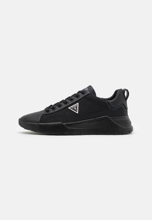 LUCCA - Trainers - black
