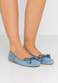 Pretty Ballerinas - Klassischer  Ballerina - jeans - 0