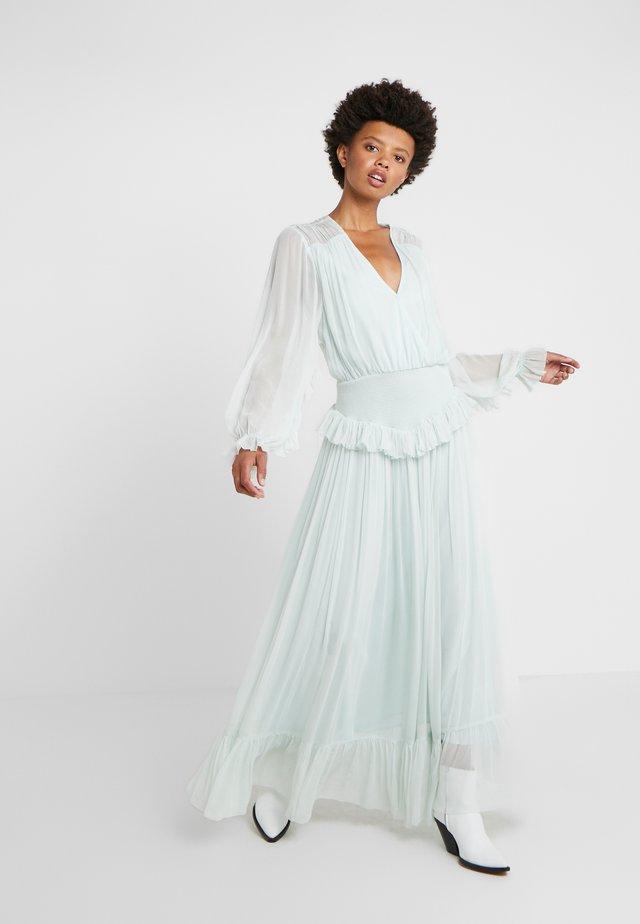 MINDY LONG RUFFLE DRESS - Długa sukienka - pastel green