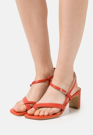 LUISA - Sandals - flame red