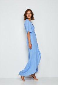 True Violet - Maxi dress - light blue - 2