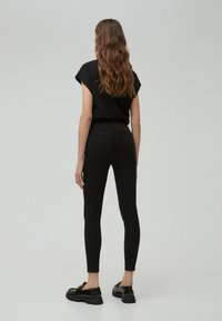 PULL&BEAR - Jeansy Skinny Fit - black - 2