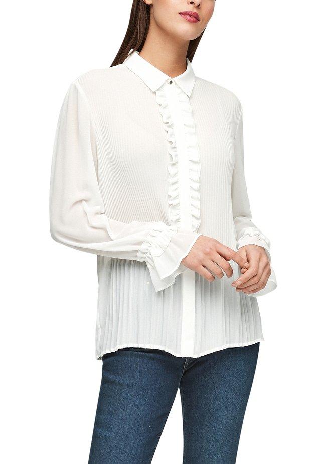 MIT PLISSEEFALTEN - Overhemdblouse - soft white