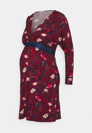 FELICINEOR - Sukienka z dżerseju - raisin/white