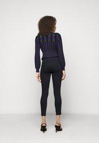 J Brand - DELLAH - Slim fit jeans - magna - 2