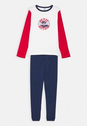 Pyjama set - dark blue/red
