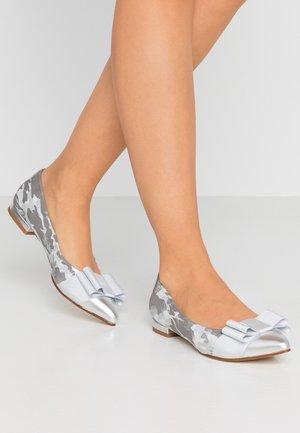 PARKER - Klassischer  Ballerina - silver
