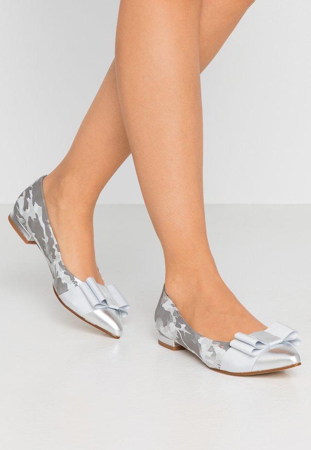 PARKER - Ballet pumps - silver