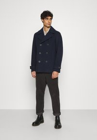 Selected Homme - SLHSUSTAINABLE ICONICS PEACOAT  - Classic coat - sky captain - 1