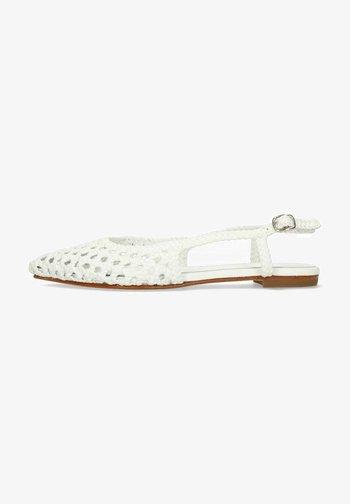 ALEXA 27  - Slingback ballet pumps - white