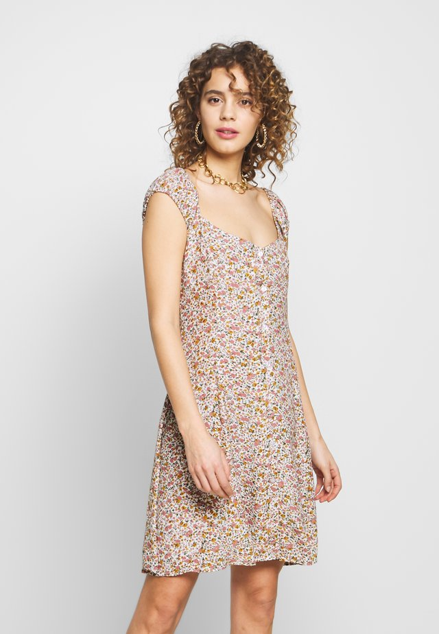ERIN COAST FLORAL DRESS - Day dress - white