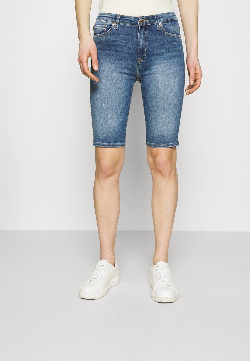 Tommy Hilfiger - FLEX VENICE SLIM - Shorts - izzy