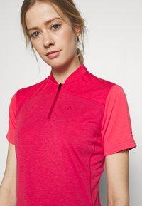 Vaude - TREMALZO - T-shirt z nadrukiem - crimson red - 4