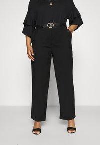 Anna Field Curvy - Trousers - black - 0