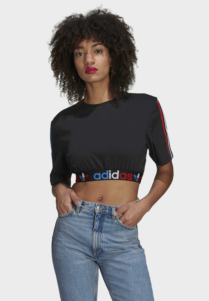 adidas Originals - PRIMEBLUE ADICOLOR ORIGINALS RELAXED T-SHIRT - Camiseta estampada - black
