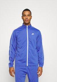 Nike Sportswear - SUIT BASIC - Chándal - astronomy blue/white - 2