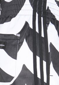 adidas Originals - X MARIMEKKO - Shorts - black/white - 2