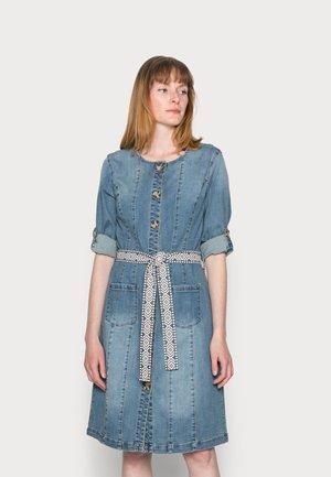 BERETE DRESS - Denim dress - denim blue