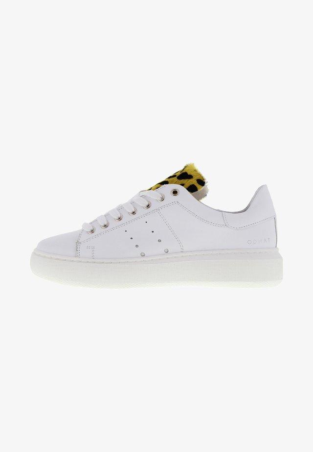 INGEBORG - Sneakers laag - weiß gelbe