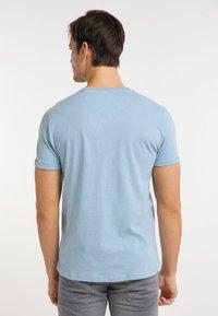 Petrol Industries - T-shirt imprimé - parrot blue - 2