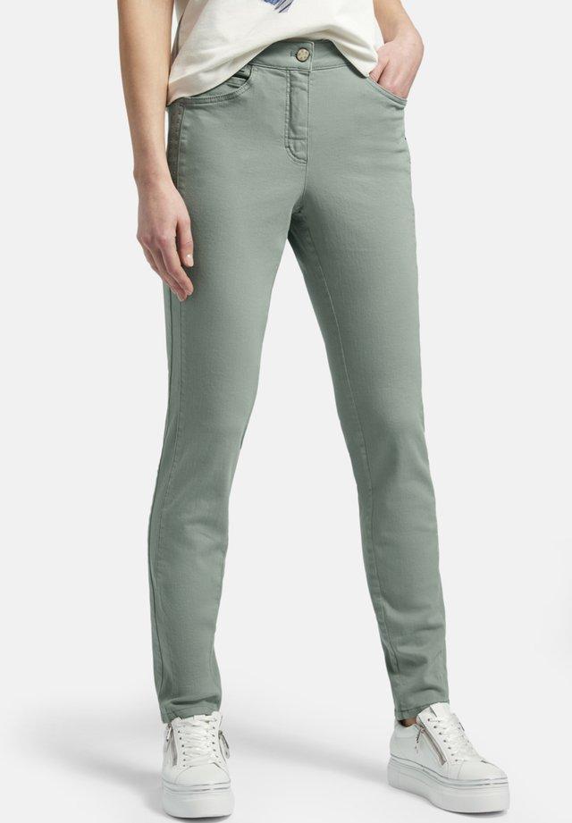 JULIENNE  - Slim fit jeans - grã¼n