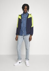 Jack & Jones - JCOSPRING LIGHT JACKET - Summer jacket - sulphur spring/maritime blue - 1