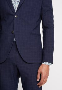 Isaac Dewhirst - FASHION STRUCTURE SUIT  - Costume - navy - 9