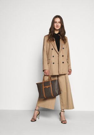 TOTEM SOFT UNLINED - Tote bag - brown