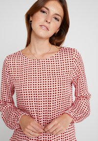 comma casual identity - BLOUSE LONGSLEEVE - Blouse - red - 4