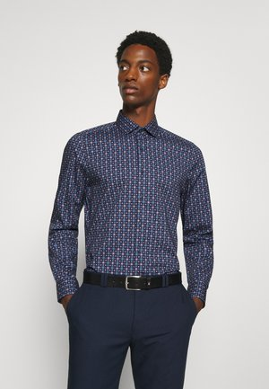 Level 5 - Formal shirt - dunkelrot