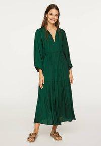 OYSHO - OVERSIZE - Day dress - evergreen - 0