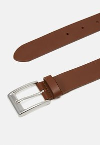 Pier One - LEATHER - Pasek - cognac - 1